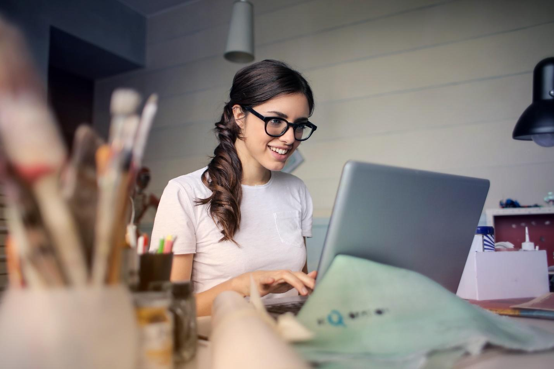 How to become copywriter