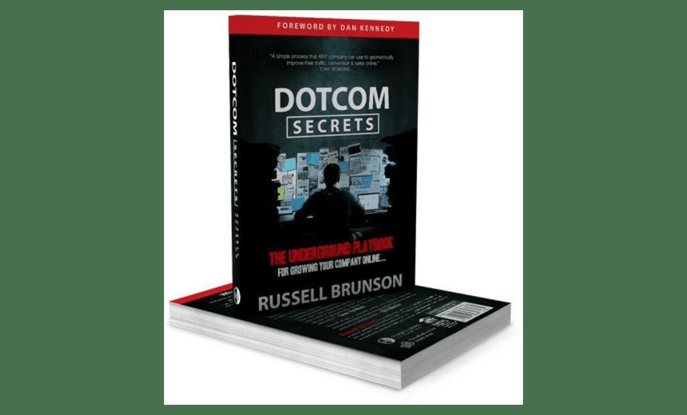 """cover of the book """"DotCom Secrets"""