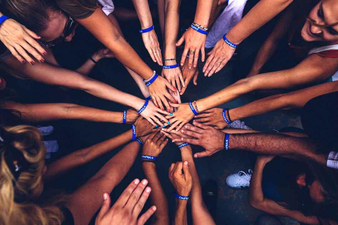 connexion aux autres avec la puissance mentale  Maîtriser votre Puissance Mentale va vous permettre de passer à un niveau supérieur ! Coaching Personnel Ma puissance Mentale avec Geoffrey Brochet